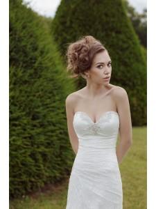 модель Антониа