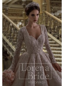 Lorena  2018 модель Veronika